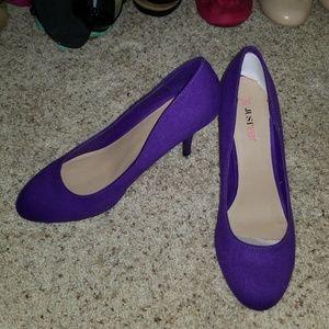 """Fabulous NWOT purple 3"""" heels."""